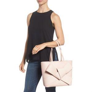 c862005fe89ed Ted Baker London Bags - 💕Ted Baker💕 ALLIIE Giant Knot Leather Shopper